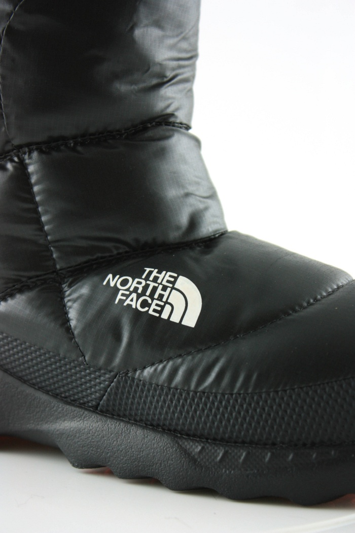 1d0595b1d The North Face Nuptse bootie III | Women | Order now at Snowcountry.eu